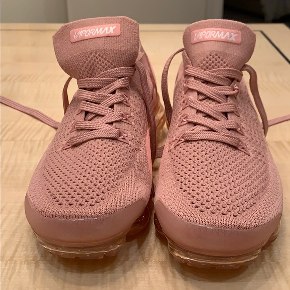 vapormax dusty pink